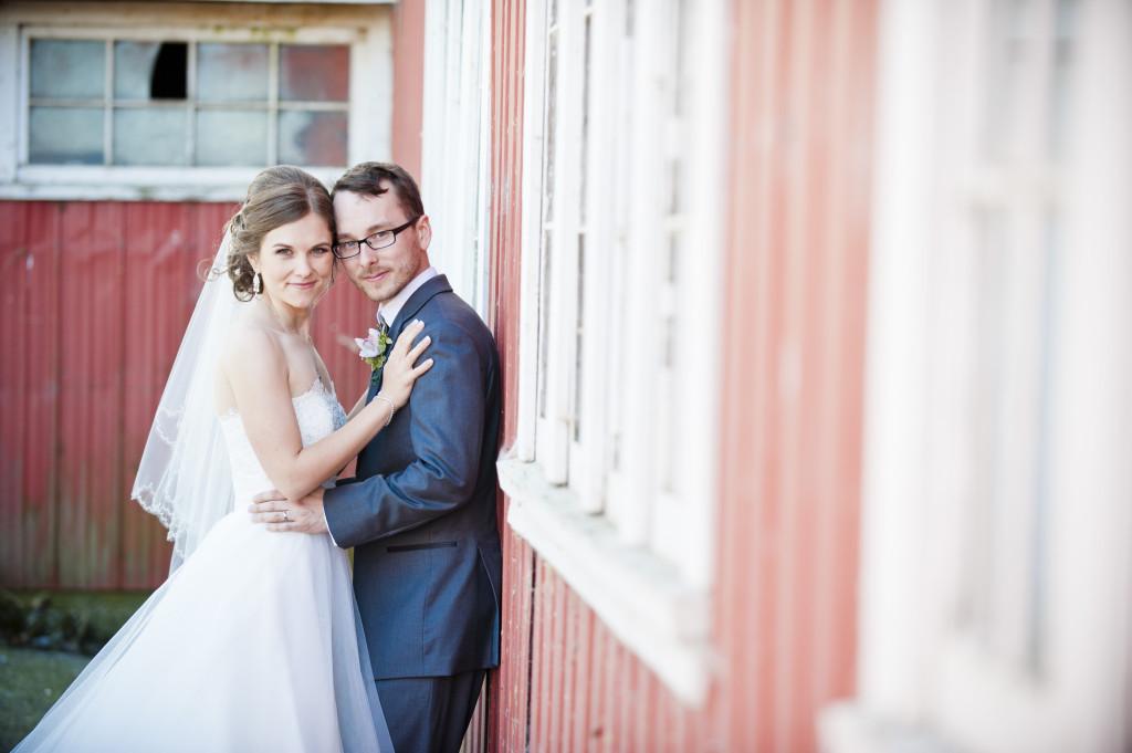 wedding couple portrait, saark bank farms