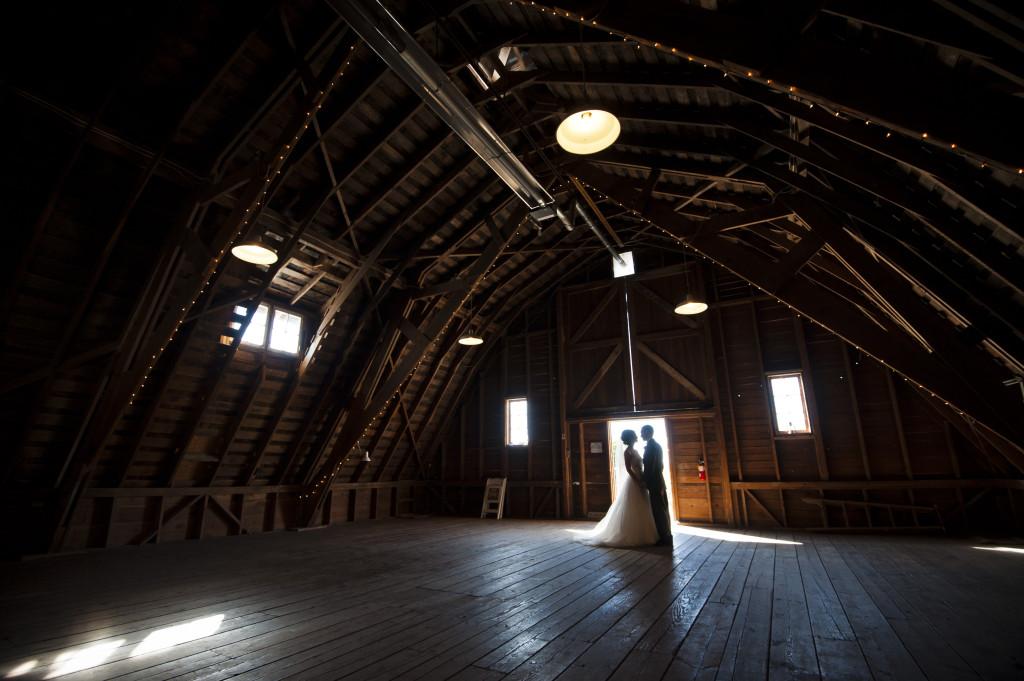 barn wedding photo wedding couple fraser valley