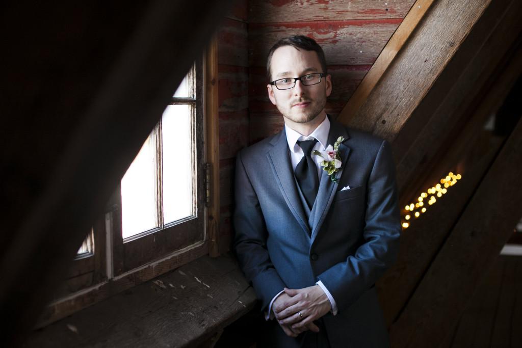 groom portrait in barn abbotsford, fraser valley wedding