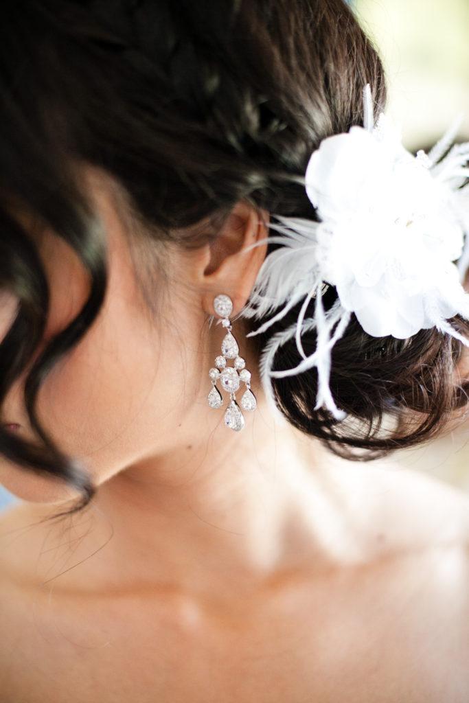 wedding details, bridal hair and earrings