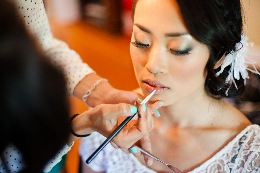 getting ready photos, wedding morning, wedding makeup