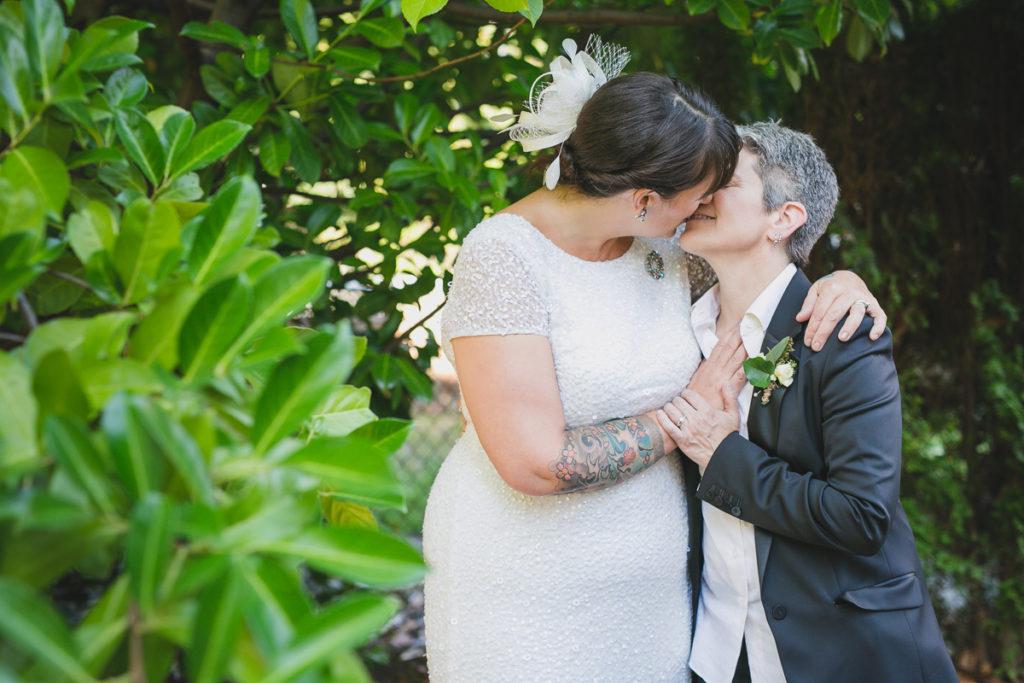 lesbian wedding vancouver, same-sex wedding photos, same-sex wedding photographer vancouver