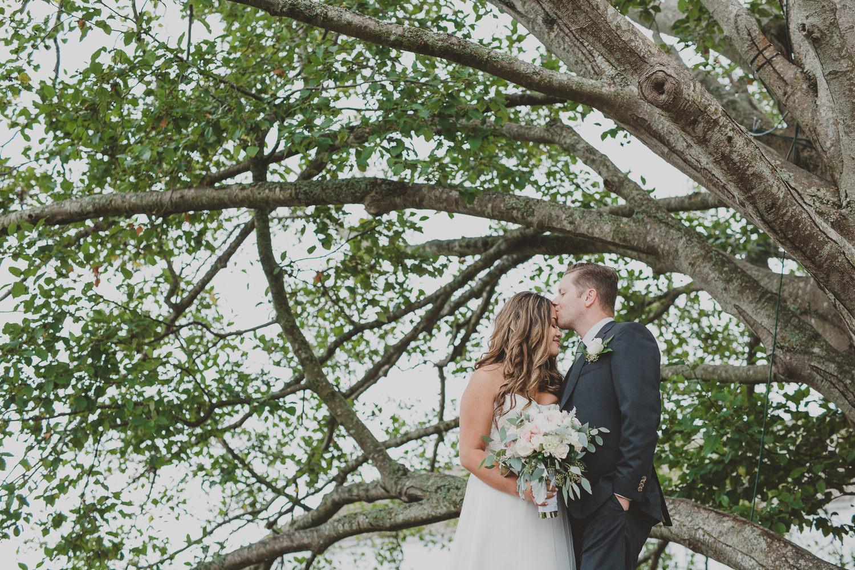 wedding photos at brittania shipyards in steveston