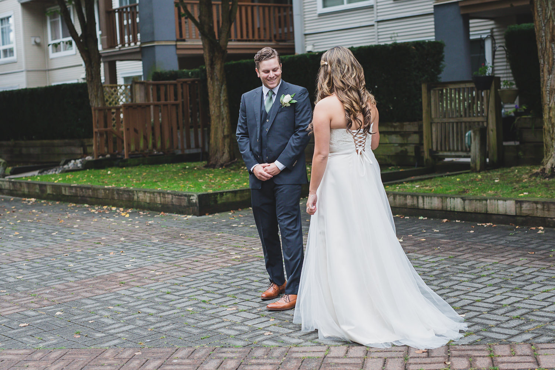 steveston wedding bride and groom first look