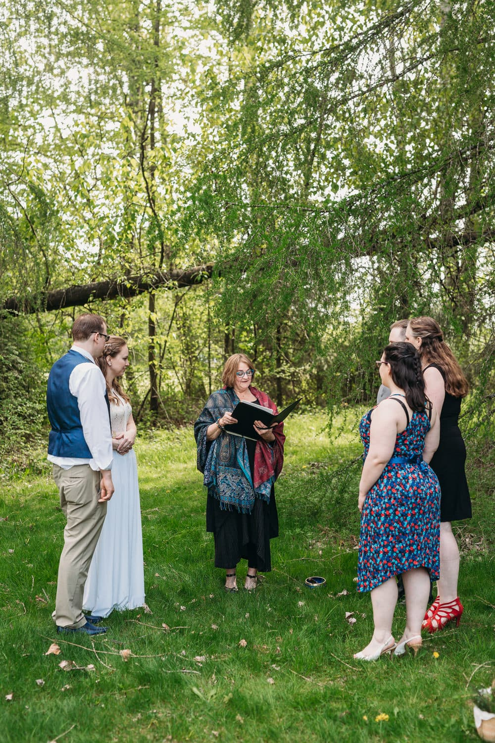 campbell valley park wedding ceremony with life threads celebrant