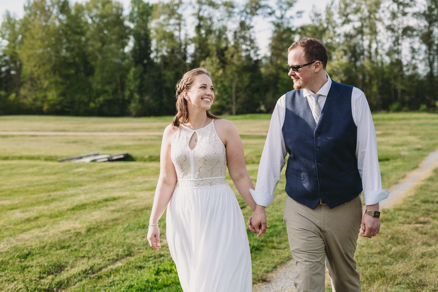 campbell valley park couples portraits after elopement ceremony