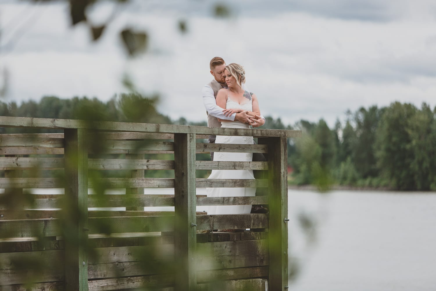 wedding couple portrait on dock in pitt meadows at south bonson wedding